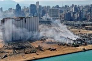 Aufnahmen: Katastrophe von Beirut: Videos zeigen heftige Explosionen