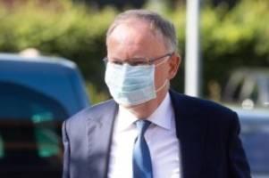 Regierung: Weil: Regel für Maskenpflicht im Unterricht denkbar