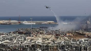 Schäden in Milliardenhöhe - Gewaltige Explosion in Beirut: Zahl der Toten steigt auf 100