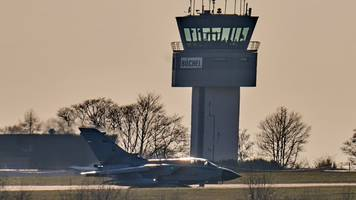 Greenpeace fordert Atombombenabzug aus Fliegerhorst Büchel