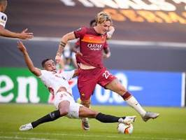 Sevilla folgt den Wanderers: EL-Rekordsieger triumphiert in Duisburg