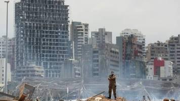 16 Hafen-Mitarbeiter wegen Explosionen in Beirut in Gewahrsam