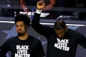 "Nach Kritik an Kniefall: LeBron James ätzt gegen Donald Trump: ""Kein Verlust für NBA"""