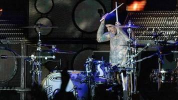 Blink-182: Gegen die Krise hilft nur Sarkasmus