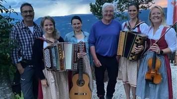 Urlaub in Südtirol: Aufregung um Steinmeier-Foto ohne Abstand und Maske
