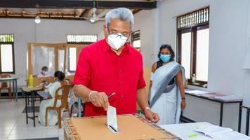 macht des präsidenten wächst: deutliche mehrheit für sri lankas regierungspartei