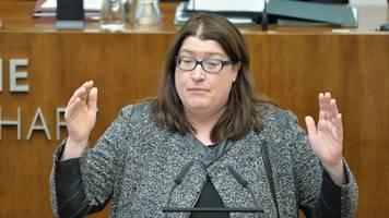 senatorin: absage für flüchtlingsaufnahme herzlos