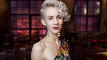 Lisa Eckerhart von Festival ausgeladen – Dieter Nuhr tobt