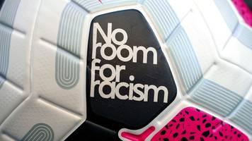 FA - Maßnahme gegen Rassismus: Fußballern drohen lange Sperren