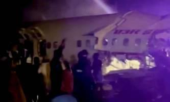 tote und verletzte bei bruchlandung von passagiermaschine in indien