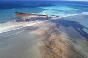 die aufgabe ist enorm: umweltdesaster im urlaubsparadies: Ölpest bedroht mauritius