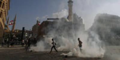 Protest in Beirut gegen die Regierung: Wut, Trauer und Verzweiflung