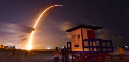 SpaceX: Elon Musk schickt weitere Satelliten ins All