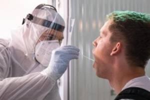 tourismus: testpflicht: hunderte corona-tests am flughafen hannover