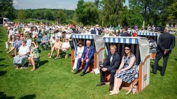 shmf: bundespräsident steinmeier besucht open-air-konzert