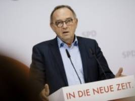 coronavirus in deutschland: spd-chef walter-borjans wirft spahn versäumnisse vor