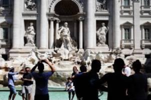 Tourismus: Auslandsurlaub trotz Corona: Was Reisende beachten müssen