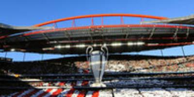 Corona in Spaniens Fußball: Aus der zweiten Welle nach Portugal