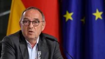 Coronakrise: Walter-Borjans wirft Spahn Versäumnisse vor