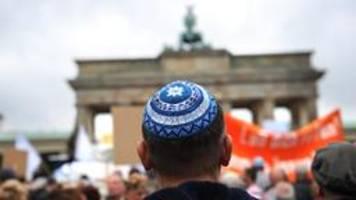 verfassungsschutz sieht starke verbreitung von antisemitismus
