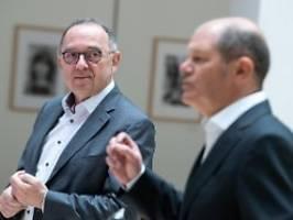 Einige SPD-Anhänger enttäuscht: Walter-Borjans verteidigt Scholz-Kandidatur
