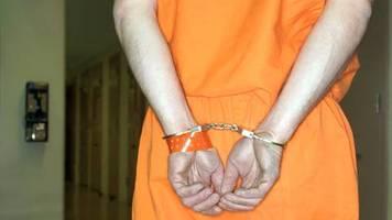 Virginia: Mutmaßlicher Vergewaltiger kommt wegen Corona aus U-Haft frei und erschießt sein Opfer