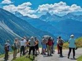 hier erlebt man klassik vor spektakulären bergkulissen