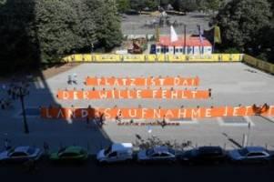 landesaufnahmeprogramm : seebrücke-aktivisten drängen berlin zu klage gegen seehofer