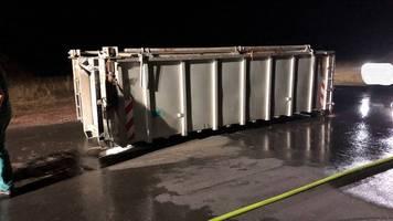 Nachrichten aus Deutschland: Motorboot mit zwei Kindern an Bord kentert auf dem Bodensee