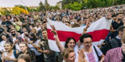 """Osteuropa-Expertin über Wahl in Belarus: """"Es wird viele Opfer geben"""""""