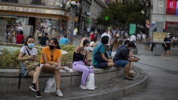 Corona-Pandemie: AA warnt vor Reisen nach Madrid und ins spanische Baskenland