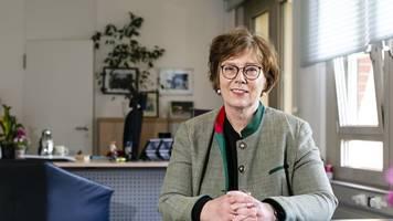 sütterlin-waack: schwieriger erster tag als innenministerin