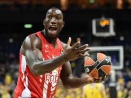 Sport und Covid-19: Basketballer stirbt an Herzinfarkt nach Corona-Infektion