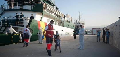 migration wird in europaweiter umfrage am häufigsten als bedrohung genannt