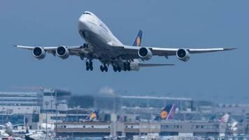 Luftfahrt: Corona-Pandemie belastet Flughafenbetreiber Fraport weiter schwer