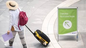 Mehr als 3000 Coronavirus-Testungen am Flughafen Schönefeld