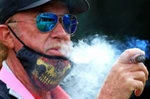 Corona-Pandemie: Corona: Rauchverbote in Spanien – Das Virus qualmt mit