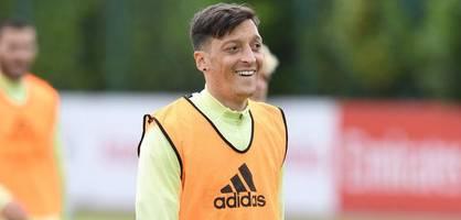 """Özil will vertrag aussitzen - """"ich entscheide, wann ich gehe"""""""