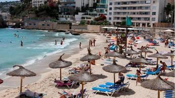 Coronavirus-Ausbreitung: Auswärtiges Amt warnt vor Spanien-Reisen – was das für Urlauber beduetet