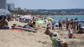 News zum Coronavirus: Bundesregierung weitet Reisewarnung für Spanien aus - jetzt ist auch Mallorca Risikogebiet