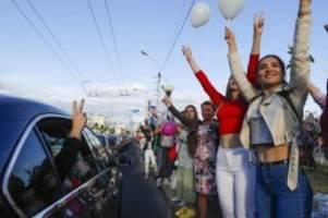 Minister entschuldigt sich: Belarus lässt viele Gefangene frei
