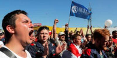 streik gegen lukaschenko in belarus: staatsbetriebe stehen still