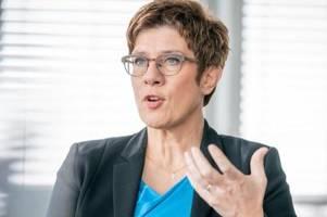 kramp-karrenbauer will im extremfall cdu-parteitag verschieben