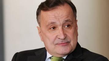 opernintendant: bachler sieht deutschland auf dem weg in die planwirtschaft