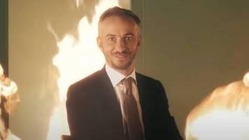 ZDF Magazin Royale: Mit diesem heißem Trailer wirbt Jan Böhmermann für seine neue Sendung