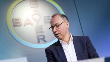 bayer verlängert vertrag von konzernchef bis ende april 2024