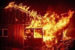 brände:verheerende waldbrände wüten an us-westküste