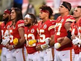 buh-rufe sorgen für empörung: nfl-teams vereinen sich gegen rassismus