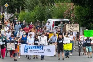 proteste: so wehren sich die anwohner von ausflugszielen gegen blechlawinen