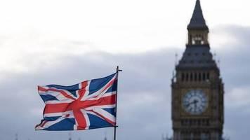 entsetzen über neue pläne : druck auf boris johnson im brexit-streit wächst deutlich